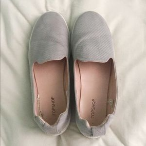 TOP SHOP SLIP ON SHOES SIZE 8.5